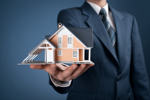 Why Finding a Right Real Estate Broker is Important? - Trimurty Builders  Blog